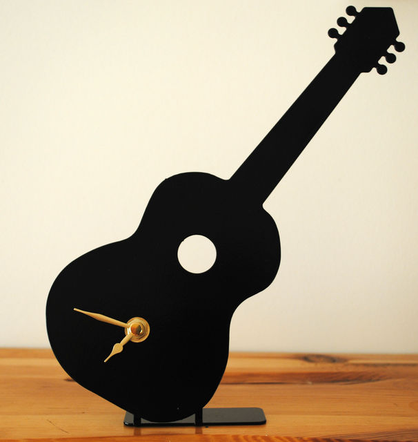 Guitar Battery Operated Metal Clock