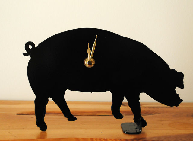 Pig Battery Operated Metal Clock